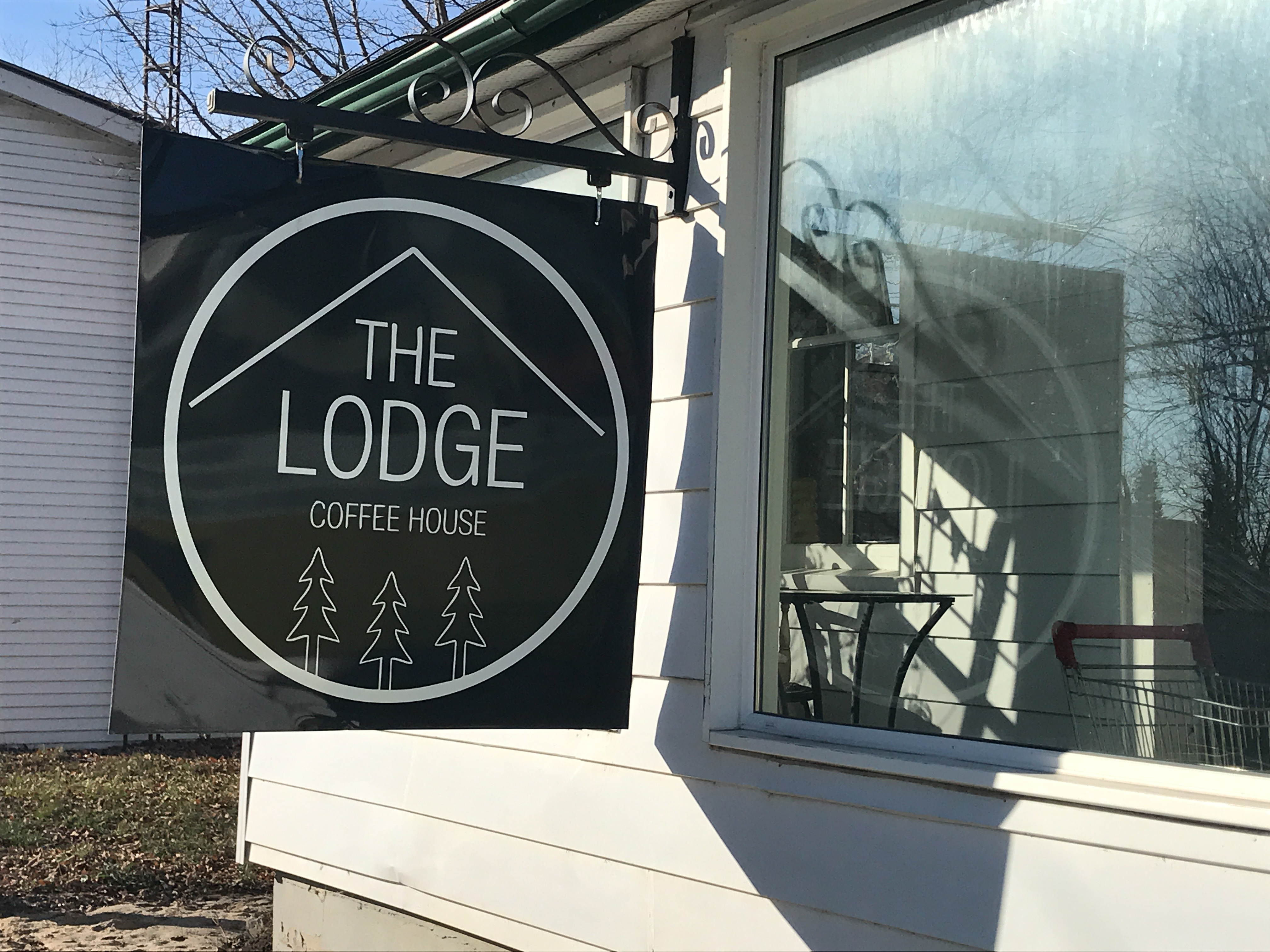 AChalk-Lodge1.jpg